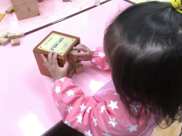 2・3歳児クラス お絵描き